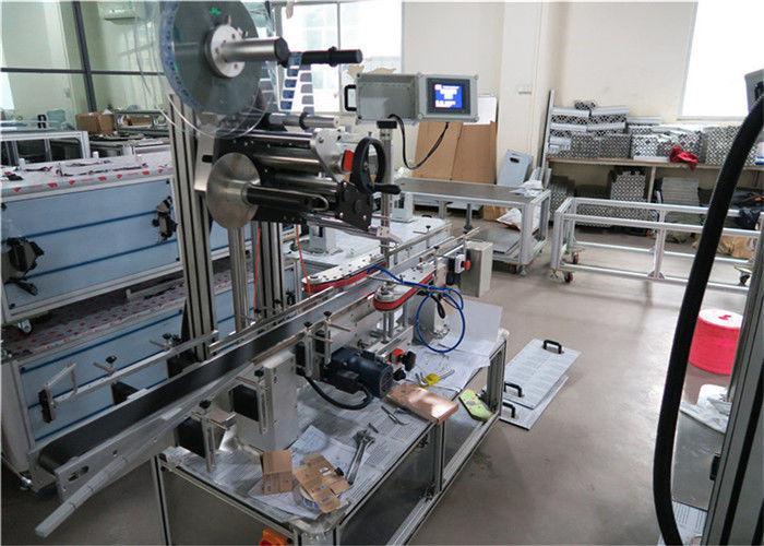 Equipamento aplicador de etiqueta superior de alta velocidade para superfícies planas